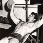 Steve Reeves trains chest