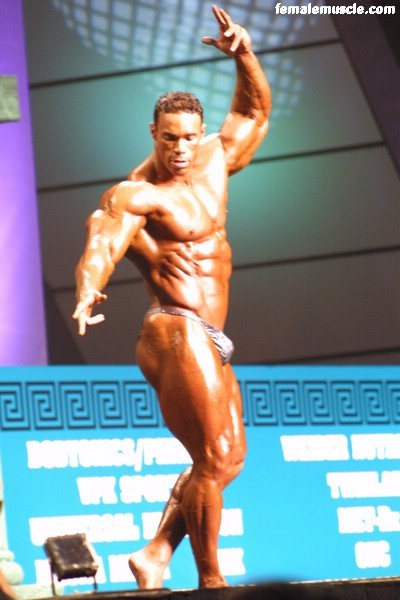 kevin-levrone-052