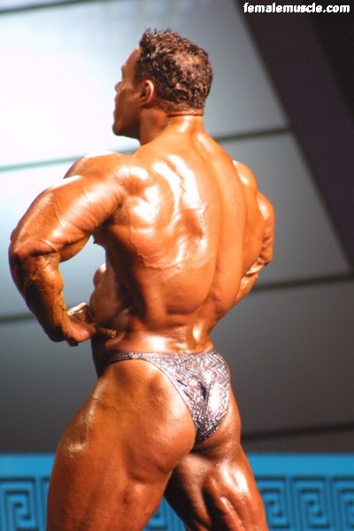 kevin-levrone-054