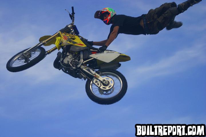 stuntsbike001