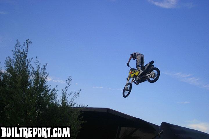 stuntsbike018