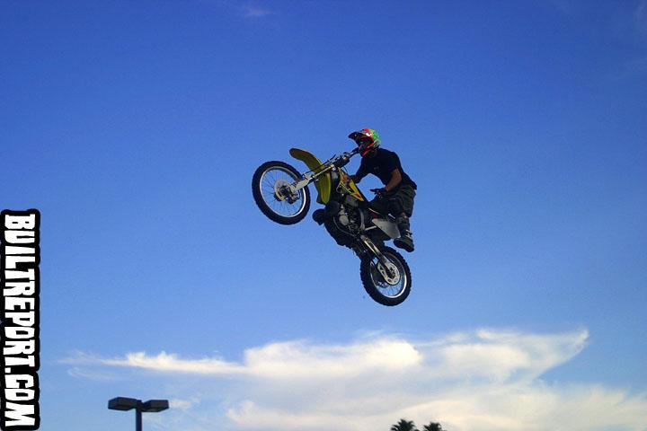 stuntsbike025