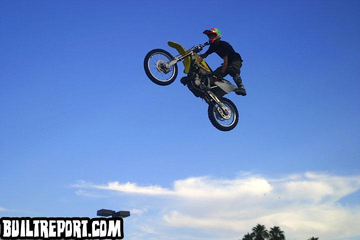 stuntsbike038